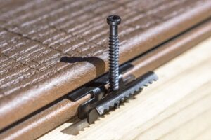 Buy Evalast 8 Hulk Clip And Clip Screw from Direct Line Timber